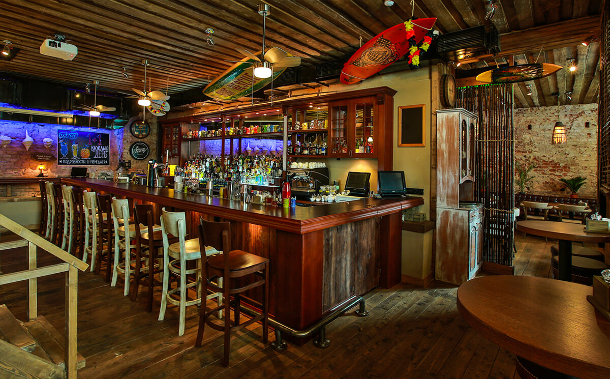 Скидка 50% в ресторане Black Hat bar)